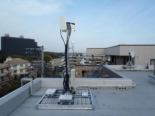 マンション 屋上 有効 利用 携帯基地局のアンテナ
