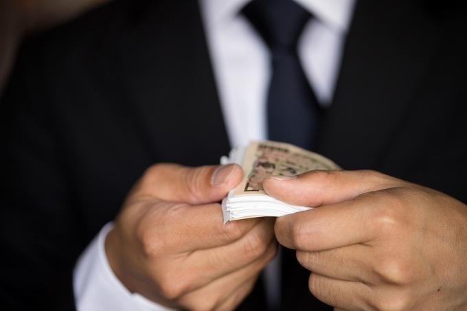 アパート 借り方 保証人 収入